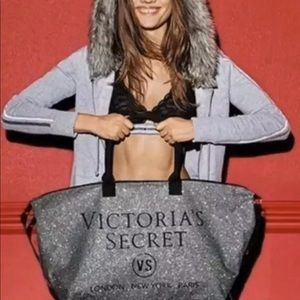 New Victoria's Secret Large Sil Glitter Duffle Bag